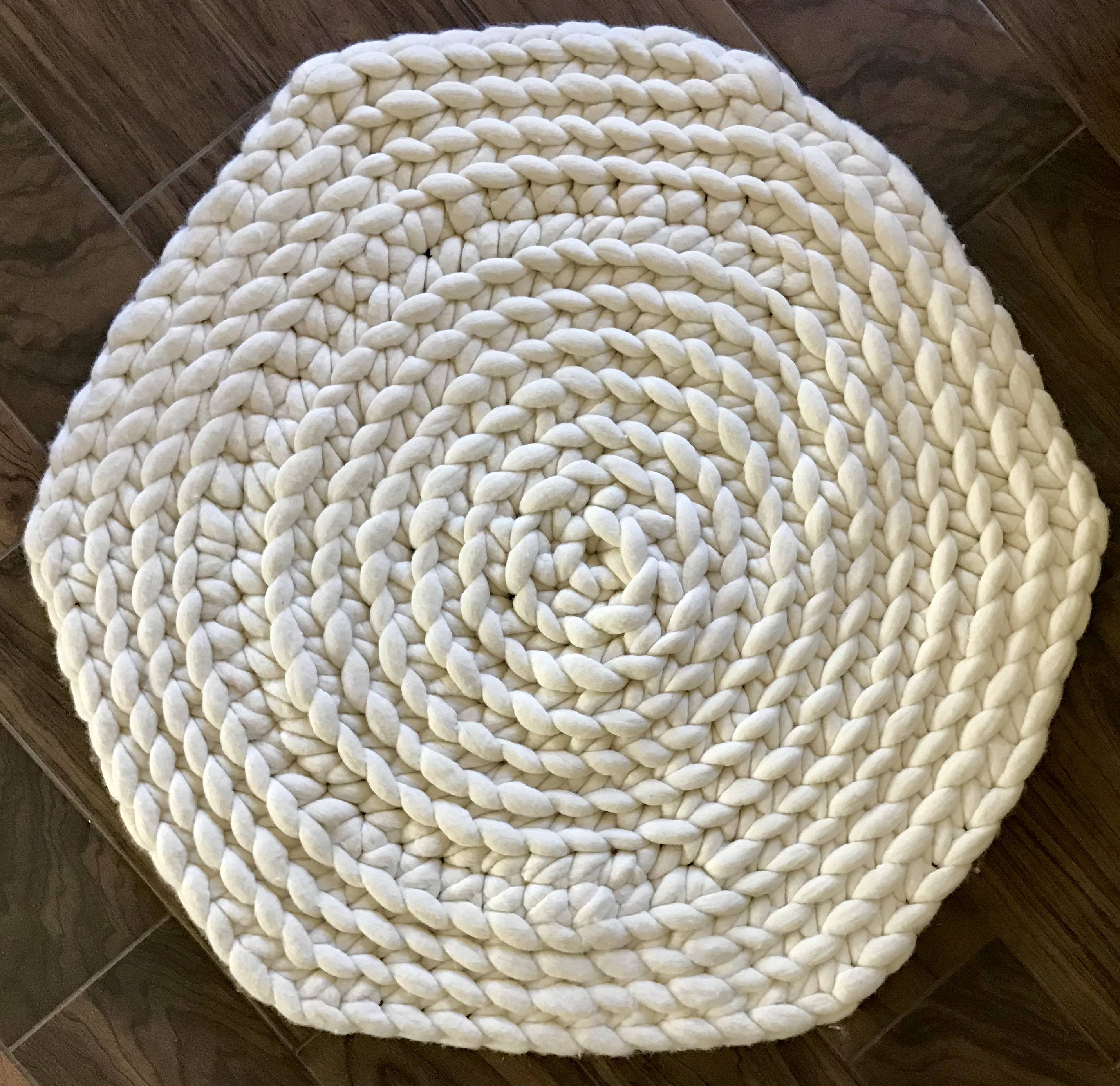best on crop rug circle your pinterest finds property images circular modern area regard attractive regarding pertaining rugs to round awesome impressive circles with excellent
